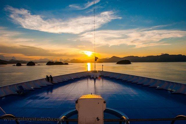 Pelayaran Islamik-Menyaksikan permandangan atas kapal