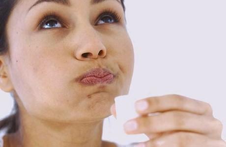 Bengkak tonsil boleh dirawat dengan air garam