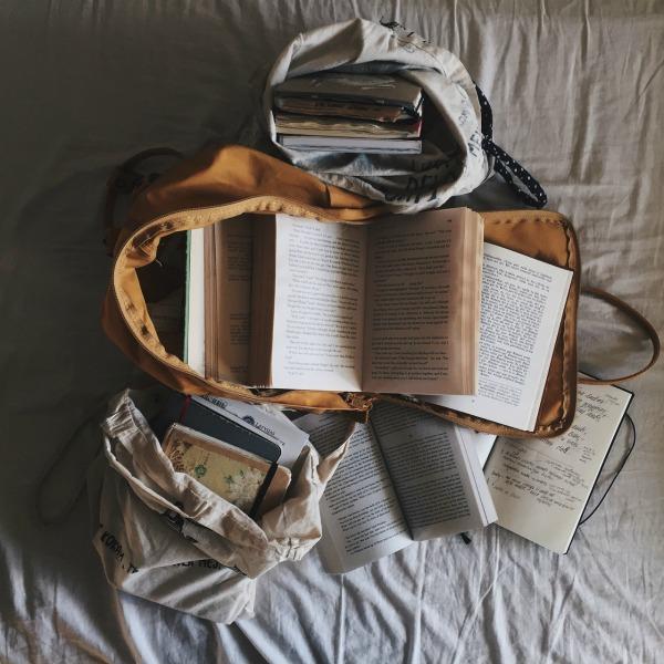 5 cara paksa diri baca buku